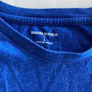 Banana Republic Shirts - Highlands Tshirt